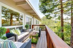 Lovely turn-key home in Mill Valley's Country Club neighborhood.