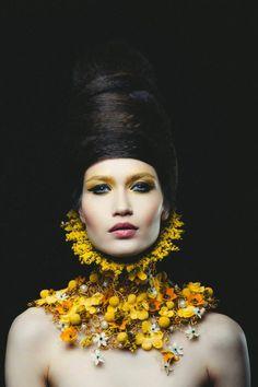 Concept and neck piece: NO NO NO - photo Vlad Bîrdu - floral Foto Fashion, Fashion Mode, Design Floral, Body Adornment, Neck Piece, Floral Fashion, Flower Necklace, Belle Photo, Headdress