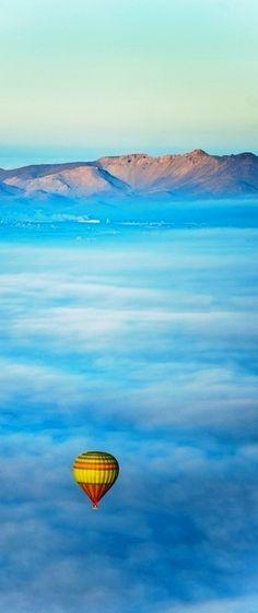 Ciel d'Afrique (African sky) over Morocco • photo: TGKW on Flickr
