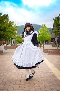 Kenpere on - Marie Henry Style Maid Outfit, Maid Dress, Henry Styles, Female Pose Reference, Maid Cosplay, Maid Uniform, School Girl Outfit, Androgynous Fashion, Cute Asian Girls