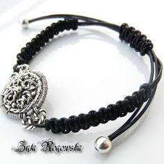 Black Swan | JewelryLessons.com
