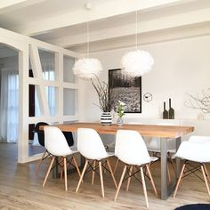 Iconosquare - Instagram Webviewer  #iconosquare #instagram #webviewer Kitchen Table Chairs, Wooden Dining Tables, Girl Bedroom Designs, Living Room Designs, Cheap Diy Home Decor, Kitchen Family Rooms, Decoration, Sweet Home, Room Decor