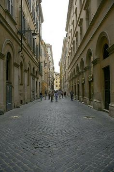Alley near the Pantheon