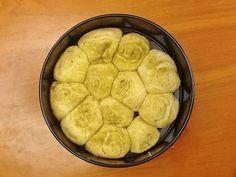 Creme de Avelãs: Rolinhos de Alho e Ervas (Ou Rolls de Pão de Alho Tremendamente Fofinhos)