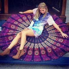 buy bohemian round mandala bedding cheap round bedspread boho sofa throw on sale. jaipurhandloom offer hippie mandala roundie beach towels blankets.