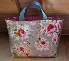 Henkeltasche aus Clark und Clark Stoff in Grau mit Rosen / Blumen, der perfekte Alltagsbegleiter Clarks, Bunt, Diaper Bag, Fashion, Oilcloth, Papercutting, Shopping, Gray, Flowers