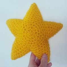 Stella stellina la notte si avvicina  #stella #stellina #amigurumi #kawaii #amigurumiaddict #softtoy #thankgoditscraftday #creativemamy #notonlymama #lovehandmade #buyhandmade #italianhandmade #madeinitaly #madeinbologna #igcraft #uncinetto #ganchillo #crochet #crochetaddicted #giallo #crochetamigurumi #crochetofinstagram #stellastellina #etsyseller #etsyfinds #alittlemarketitalia #bisscotton by bisscotton