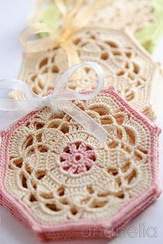 Crochet Vintage Octagon Coasters Free Pattern – Crochet Coasters Free Patterns Source by diyhowto Crochet Motifs, Crochet Squares, Thread Crochet, Crochet Doilies, Crochet Flowers, Granny Squares, Crochet Granny, Crochet Chart, Double Crochet