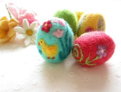 Easter EggFelted EggNeedle felted OrnamentSpring by Crafts2Cherish
