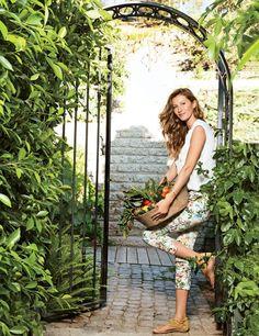 Inside Gisele Bundchen's Stunning $20 Million Home (Complete with a Koi-Filled Moat)