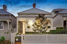 Cream block fronted Victorian cottage. HAWTHORN 31 Smart Street