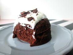 Opzoek naar een gezond ontbijt of gezonde snack? Deze chocolade mugcake is the way to go!