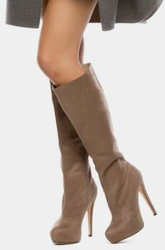 Nude Suede Boots ♥
