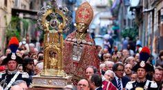 Milagre na Itália! Veja o que aconteceu durante a procissão de São Januário na cidade de Nápoles. É surpreendente.