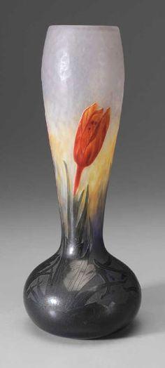 Outstanding Daum crocus vase
