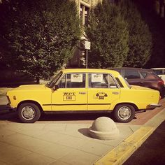 yellow taxi poland - Google-søk - https://www.youtube.com/watch?v=jdNjqN_7tXs