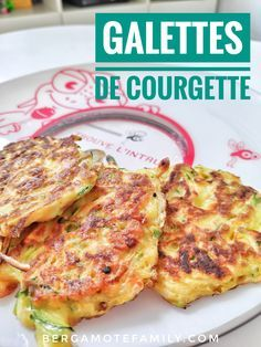 Easy zucchini patties - Bergamote & Family- Galettes de courgette faciles – Bergamote & Family Easy zucchini patties recipe for babies, children and gourmet parents! Easy Healthy Recipes, Baby Food Recipes, Healthy Snacks, Chicken Recipes, Snack Recipes, Easy Meals, Simple Cooking Recipes, Zucchini Patties, Soup Appetizers