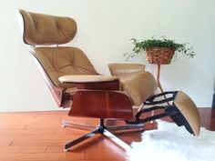 Charles Eames Style for Plycraft recliner with built in footrest