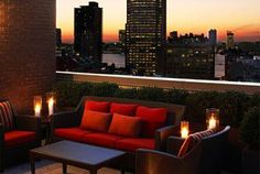 Located in Manhattan, the Sheraton Tribeca New York Hotel offers a trendy base when visiting New York City, and also offers squash courts, a...