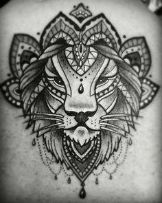 Tatuaggi portafortuna: i significati - Fin dall'antichità talismani e amuleti venivano utilizzati per allontanare la cattiva sorte, oggi si aggiungono i tatuaggi portafortuna.