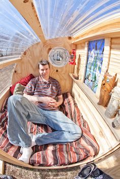 """Interior of """"The GottaGiddaWay"""" Micro-Garden Shelter. Its a homeless cabin proto. - Spaces - Interior of """"The GottaGiddaWay"""" Micro-Garden Shelter. Its a homeless cabin prototype, that can - Mini Cabins, Shelter Design, Pallet House, Micro House, Cozy Place, Camping Ideas, Small Living, Photo Galleries, Gallery"""