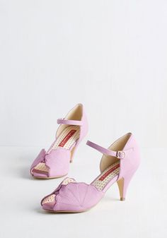 Pretty in Pink 1940s vintage inspired shoes - See What you can Seashell Heel in Orchid
