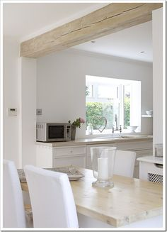 Wood beam ceiling - 50 Affordable White Wood Beams Ceiling Ideas For Cottage – Wood beam ceiling House Design, Wood Ceilings, Kitchen Remodel, Cottage Inspiration, New Homes, Kitchen Remodeling Projects, Wood Beam Ceiling, Kitchen Living, White Wood