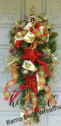 Rustic star swag Christmas Ideas, Christmas Wreaths, Centerpieces, Swag, Rustic, Holiday Decor, Home Decor, Country Primitive, Decoration Home