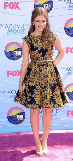 holland roden @ tca in alice + olivia dress with christian louboutin heels.