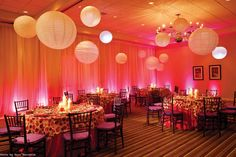 Magic Dot Organza overlay/ Chiavari chairs with colorful bengaline cushions