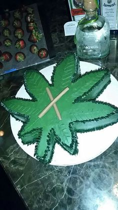 wedding cake weed plant 1000 images about delicious cakes on 26800
