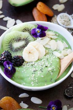 Healthy Breakfast Ideas Easy To Make : Illustration Description Avocado pineapple smoothie bowls are packed with superfoods and perfect for breakfast! -Read More – Avocado Smoothie, Fruit Smoothies, Smoothie Bowl, Healthy Smoothies, Smoothie Recipes, Breakfast Smoothies, Blueberry Breakfast, Health Breakfast, Breakfast Bowls