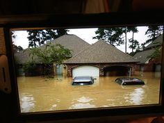 Picture of flooding in Walker, LA Vand, The Rock, Louisiana, Cabin, House Styles, Heart, Water, Pictures, Baton Rouge