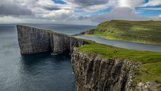 Faroes-Island-lake-above-an-ocean-4