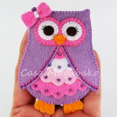 Felt Owl Ornament or Embellishment Pattern - PDF File - Owl Tutorial - Two Sizes - product images of Felt Owl Pattern, Softie Pattern, Felt Owls, Felt Animals, Needle Felted Animals, Needle Felting, Felt Glue, Owl Crafts, Gift Crafts