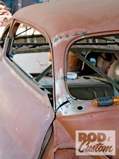 Check out Bill Hines and his 1951 Mercury as it the roof gets a custom chop the old school way inside Rod & Custom Magazine. Custom Rat Rods, Custom Cars, Auto Body Work, Sheet Metal Work, Custom Metal Fabrication, Metal Shaping, Truck Storage, Old Pickup Trucks, Dodge Trucks