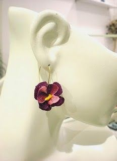 crochet pansy earrings - ones that I love but will never do!