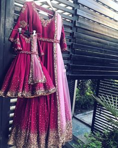 A beautiful combo of mother daughter sprinkle story piece! 🌸 DM us for details or Whatsapp us on 8375879631 We ship worldwide. Pakistani Formal Dresses, Indian Dresses, Indian Designer Outfits, Designer Dresses, Mom Daughter Matching Dresses, Mother Daughter Fashion, Kids Gown, Dresses Kids Girl, Baby Dresses