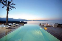 that's an infinity pool