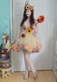 """Angela's Costumery & Creations, The finished """"Fall Flower Fairy"""" dress and crown. Fairy Costume Diy, Fairy Cosplay, Flower Costume, Diy Costumes, Cosplay Costumes, Halloween Costumes, Renaissance Fairy Costume, Halloween Cosplay, Autumn Fairy"""