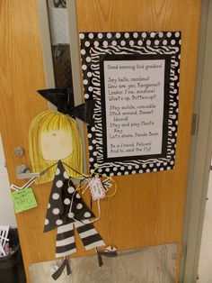 Cute black and white classroom!Love it!