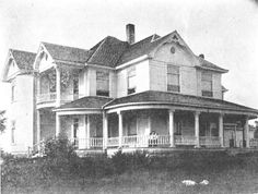 Thomasville Avenue residence of A. Z. Schnabaum, photographed in 1910 in Pocahontas.