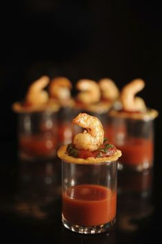 One-Bite Shrimp Cocktails with Zesty Vegetable Juice Shot Will use Trader Joe's cocktail sauce on the taco part, delicious and no sodium Snacks Für Party, Appetizers For Party, Appetizer Recipes, Catering, Cocktail Recipes, Cocktail Sauce, Cocktail Shots, Mini Foods, Appetisers