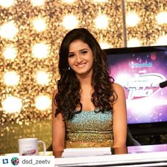 #Repost @dsd_zeetv with @repostapp. ・・・ What's YOUR favourite thing about Shakti Mohan? Tell us in the comments below!  @memukti @kmohan12