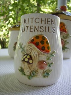 Merry Mushroom Kitchen Utensil Holder  ((This is my most desired item)
