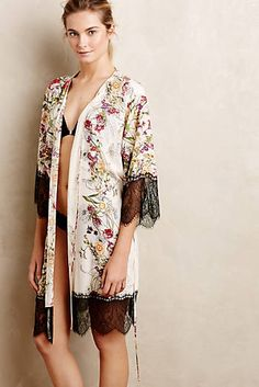 Meadow Lace Robe