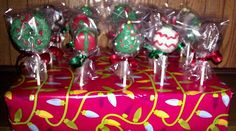 CHRISTMAS CAKE POPS by Bubbles Cakery, via Flickr