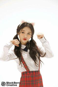 #heejin #loona #kpop Kpop Girl Groups, Korean Girl Groups, Kpop Girls, K Pop, My Girl, Cool Girl, Loona Kim Lip, Olivia Hye, Cosplay