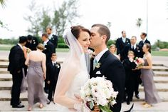 love this shot with the bridal party in the background | Elaine Palladino #wedding