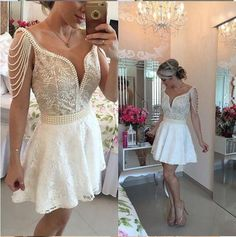 2017 Mini Short A-Line Lace Homecoming Dreses Deep V-Neck with Pearls Sweet 16 Party Dresses 8th Grade Graduation Dresses